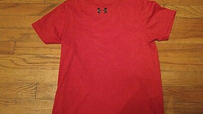 Under Armour Boys Size Youth Medium YM Red Short Sleeve Shirt