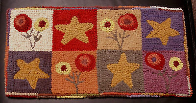 POSIES & STARS Primitive Rug Hooking  KIT or PATTERN on monks cloth