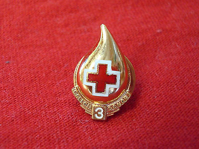 Vintage Red Cross 3 Gallon Donor Pin-Back