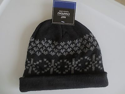 NEW Boy YOUTH One Size Knit Beanie Ski Hat Skull Cap Black with Snowflakes NWT!
