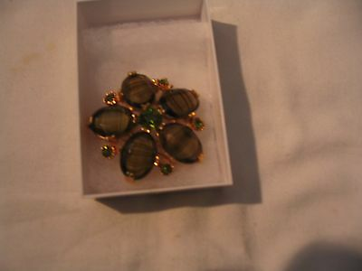 Green/gold colour 1960's brooch