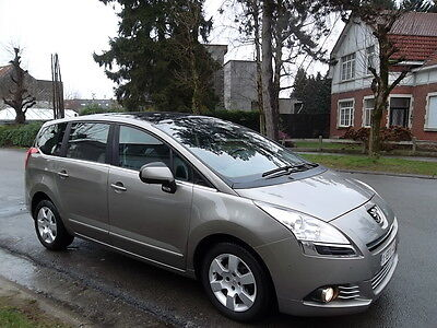 Peugeot 5008 1.6 e-HDi 112cv Autom. Full Option!!