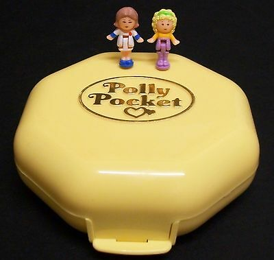 Vintage Polly Pocket - Hairdressing Salon, 100% Complete, 1990.