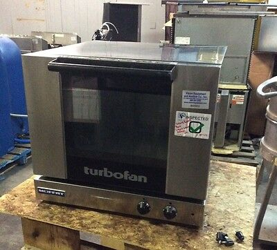 Moffat Turbofan Electric Convection Oven 3 Half Size Pan Manual E23M3