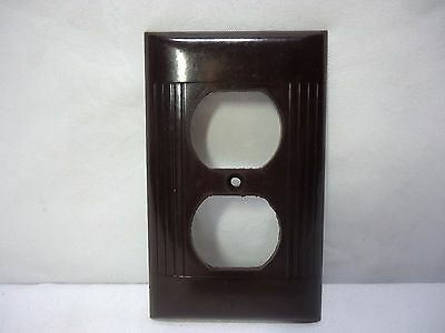 Vintage SIERRA Brown Bakelite Ribbed Outlet Receptacle Wall Plate Cover Art Deco