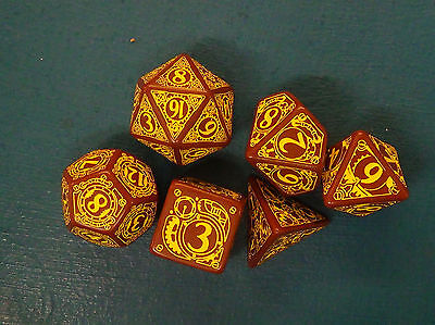 Q-Workshop Brown-yellow Steampunk Dice set - Contains 6 Dice - One Missing