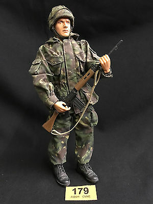 DRAGON 1/6 WWII ACTION FIGURE LOOSE  (Ref 179)