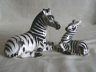 Charming Vintage China Figure Of A Zebra With Younster Both Laying Down