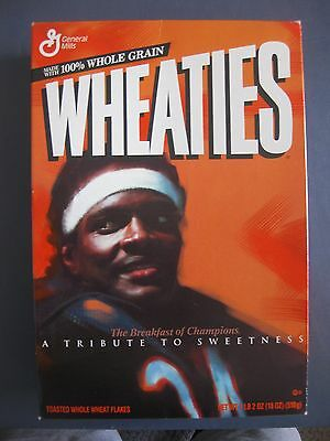 WALTER PAYTON 1995 WHEATIES BOX A TRIBUTE TO SWEETNESS WITH CASE 18oz UNOPENED