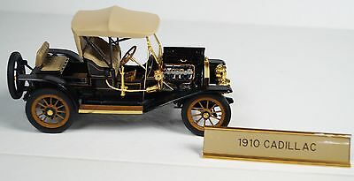 Franklin Mint 1:24 Scale Die Cast Model 1910 Cadillac Model Thirty Roadster