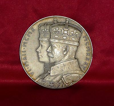 Official George V 1935 Silver Jubilee silver medal. 57mm dia. 79.5g