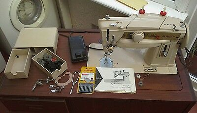 Singer 411 G slantamatic sewing machine
