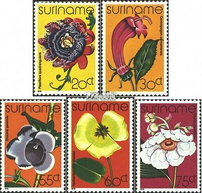 Suriname 807-811 (complete issue) unmounted mint / never hinged 1978 Flowers