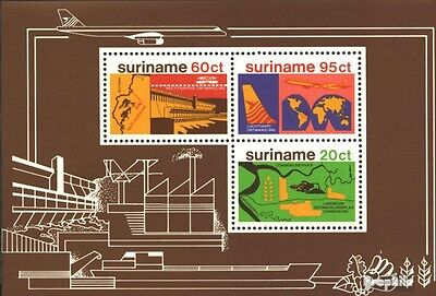 Suriname block21 (complete issue) unmounted mint / never hinged 1978 Development