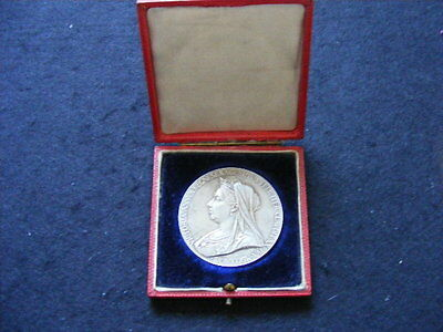 MEDAL, VICTORIA DIAMOND JUBILEE, OFFICIAL, SILVER, LARGE 56MM, 1897 Boxed