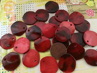 Vintage 20mm Kabibi Shell Beads Charms 16