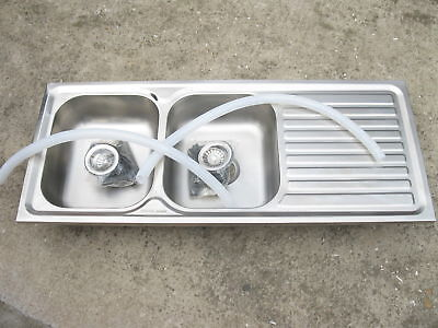 1X New Stainless Steel Kitchen Sink - Double Bowl