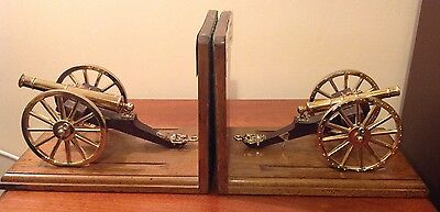 A Pair Of Cannon Royal Regiment Of Artillery 1815 Battle Of Waterloo