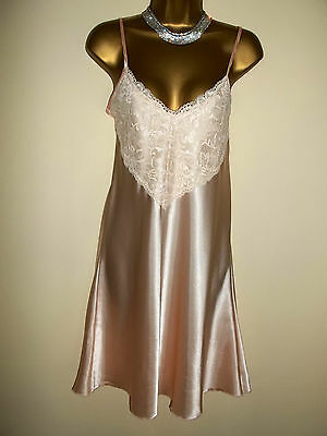 Vintage 1980's Glossy Satin Poly Deep Lacy Mini Slip Chemise Short Nightie 38""