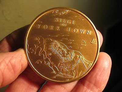 """Vintage 2"""" BRONZE MEDAL- Siege of York Town Medal w/ Cannon"""