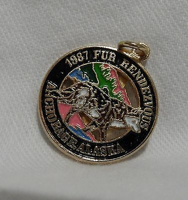 1987 Anchorage Fur Rondy Rendezvous Collector Charm Wolf