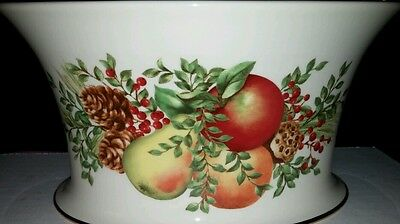 Lenox -Williamsburg Boxwood, Pine and fruit on side of oval bowl