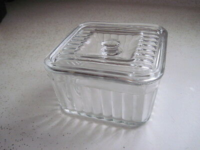 Vintage REFRIGERATOR DISH WITH LID & KNOB Clear Glass Ridges All Around 5x5x3