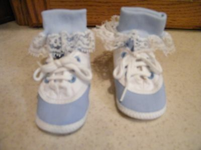 Pair Of Blue & White Shoes w/Socks w/Lace For Lee Middleton or Other Modern Doll