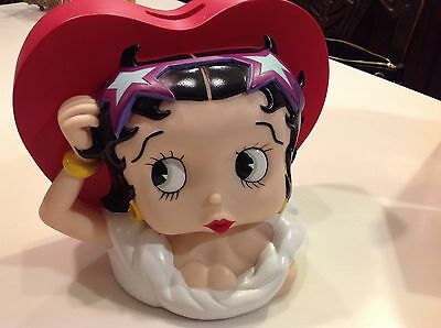 "BETTY BOOP COIN BANK HEART SHAPE WITH HER FACE LARGE 6""x8"" PVC or VINYL?"