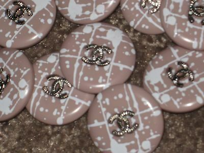 CHANEL 10 SILVER CC LOGO FRONT RESIN BEIGE  BUTTON  18 MM lot 10 NEW
