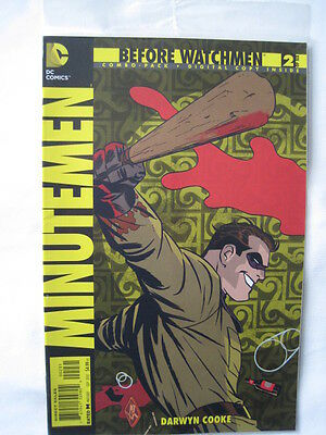Before Watchmen  : Minutemen  # 2.   Sealed Combo Pack.  Dc Comics. 2012.