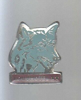 Rare Pins Pin's .. Animal Loup Wolf  Louvhotel Lovetot 76 ~Av