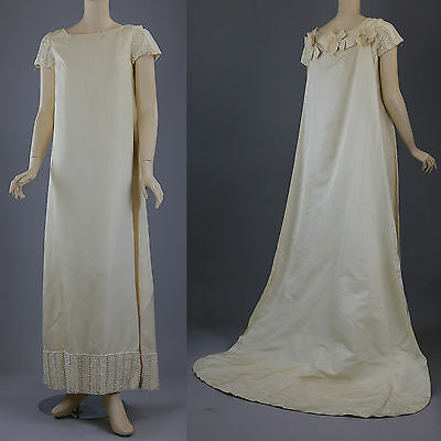 Vintage 60s Priscilla of Boston Ivory beaded Wedding dress gown cape train