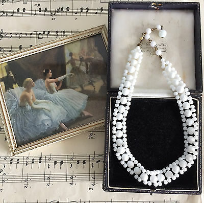 Classic Vintage 1950s White Milk Glass Woven Choker Necklace. Summer Holidays