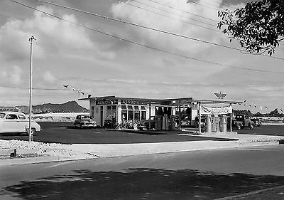 """5x7"""" photo  FLYING A GAS STATION ASSOCIATED FRIENDLY SERVICE ASTORIA 1952"""