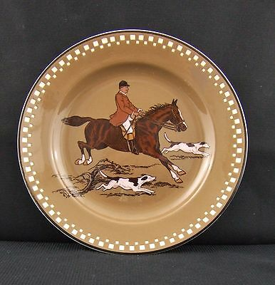 Vintage Villeroy and Boch Earthenware Small Fox Hunting Plate Circa 1880-1900