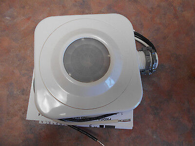 New In Box Sensor Switch Cmrb-6 High Bay Sensor-Fixture Mount, White