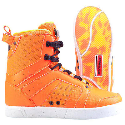 BYERLY SYSTEM Boots 2014 Wakeboard Bindung