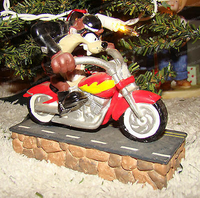 Taz Riding Motorcycle Display Ornament (Looney Tunes by Midwest) 1999