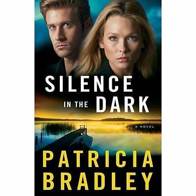 Silence in the Dark (Logan Point) - Paperback NEW Patricia Bradle 19-Apr-16