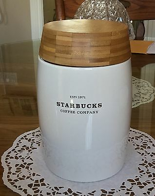 STARBUCKS 2009 White Ceramic Coffee Canister 48 Oz Air Tight Bamboo Lid NWT