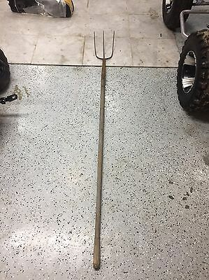 Antique 3-tine Pitch Fork Farm Primitive Tool Country Barn Hay Rustic