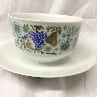 Arzberg Germany Arz68 Cranberry Sauce Bowl & Attached Under Plate Gravy Boat