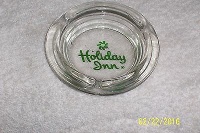 Vtg Holiday Inn Round Glass Ashtray Vgc Holiday Inn Green Letters