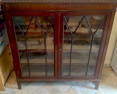Quality Antique  Victorian Mahogany And Glass Display Cabinet Fabric Lined