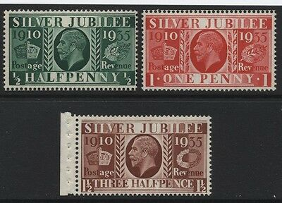 1935 ½d-1½d SILVER JUBILEE TYPE 3 UPRIGHT WMK U/MINT. SG 453-5