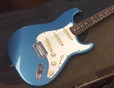 Fender Stratocaster (Mexico) - Blue Electric Guitar (1991-1992)....FREE S&H!!!