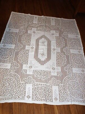 Gorgeous Vintage Lace Table Cloth Intricate Pattern White