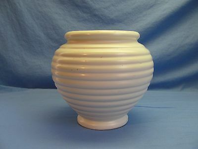 Hull Urn Vase #419 Art Deco Off White Horizontal Ribbed Planter