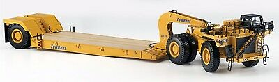 CATERPILLAR 784C TRACTOR with TOWHAUL CLASSIC TRAILER - 1:50 Scale Norscot